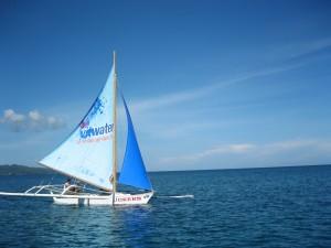 I soooo love taking pics with sailboats...